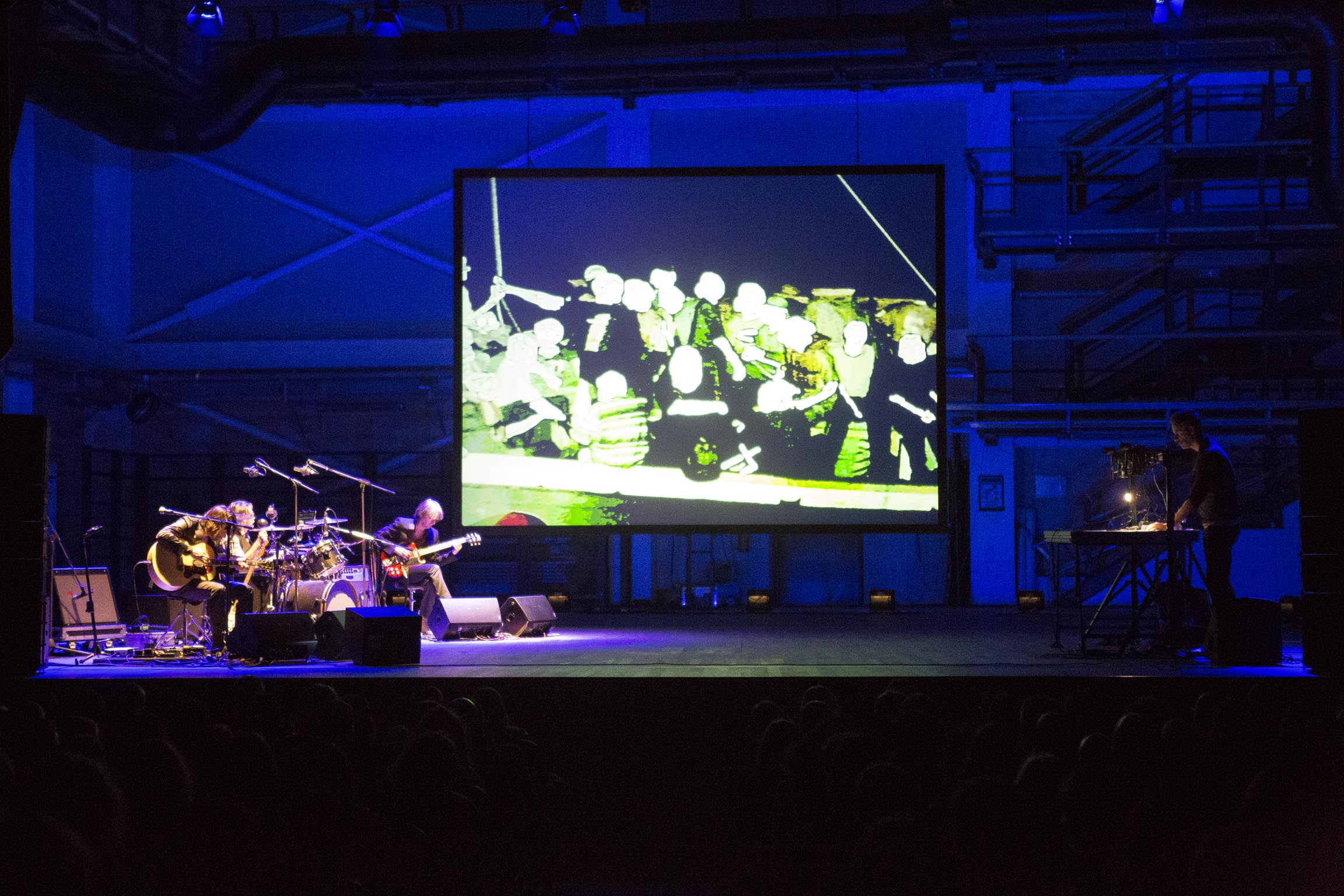 Masbedo-Sinfonia-di-unesecuzione-–-veduta-della-mostra-presso-il-Mart-Rovereto-2015-photo-Jacopo-Salvi-2